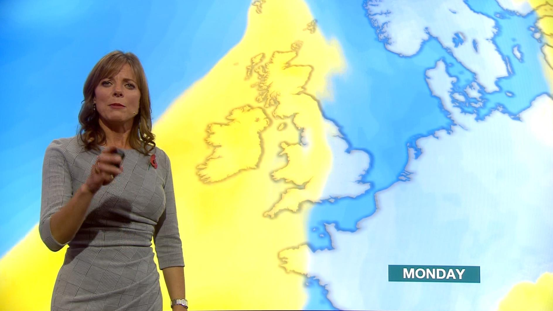 Louise Lear - BBC Weather Presenter (4)