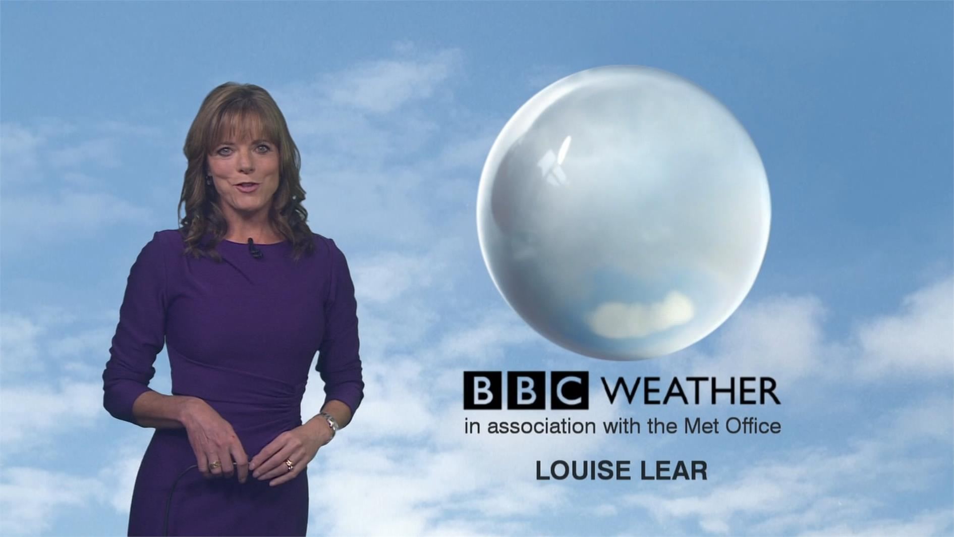 Louise Lear - BBC Weather Presenter (8)