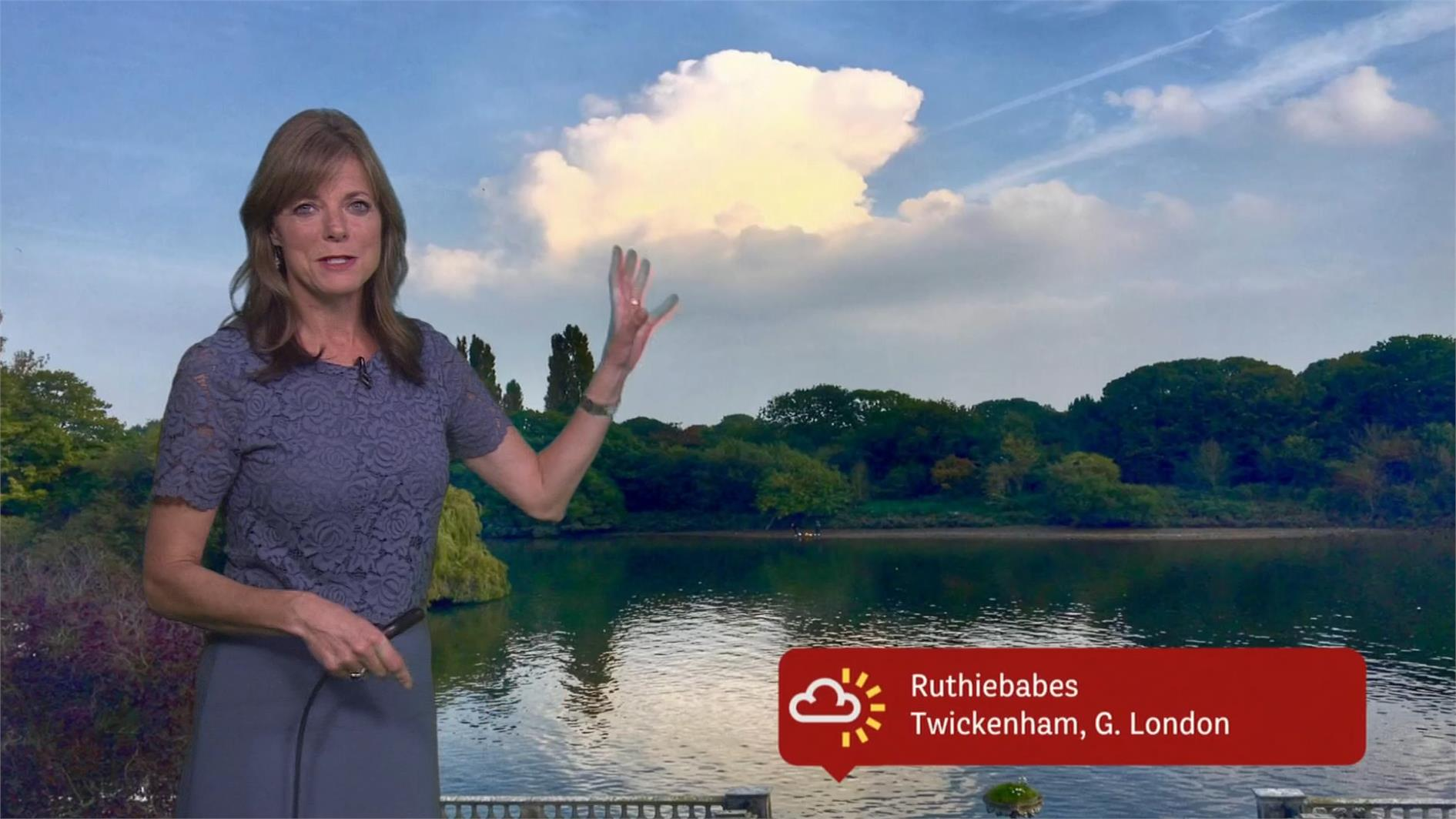 Louise Lear - BBC Weather Presenter (9)