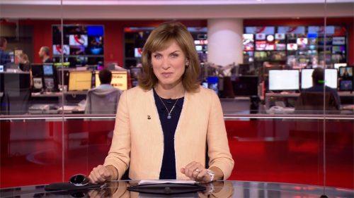 Fiona Bruce - BBC News Presenter (1)