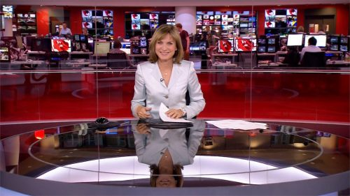 Fiona Bruce - BBC News Presenter (16)