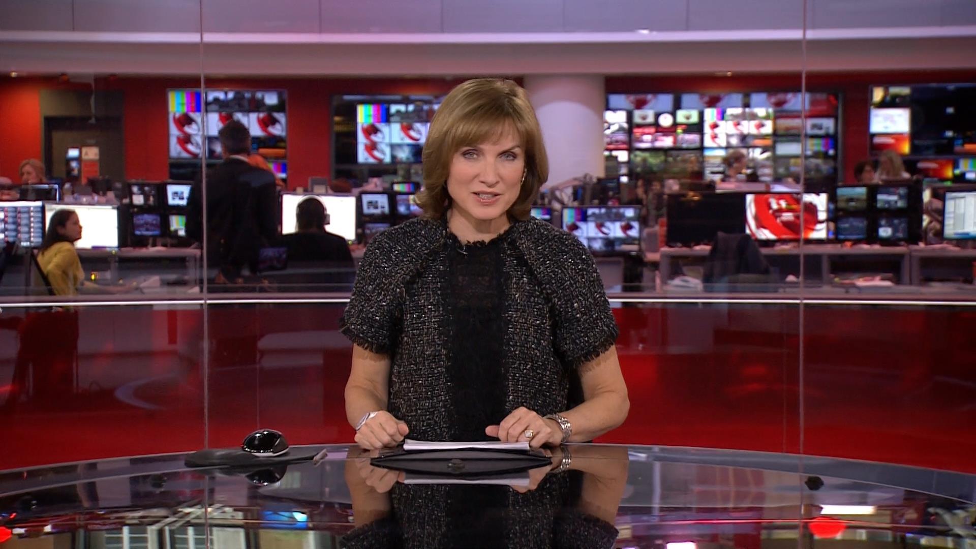 Fiona Bruce - BBC News Presenter (3)
