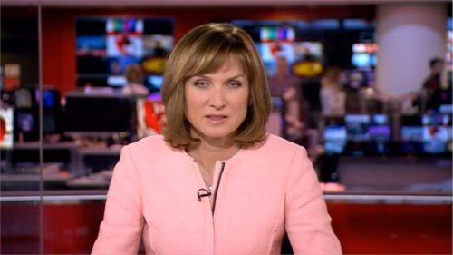 Fiona Bruce - BBC News Presenter (8)