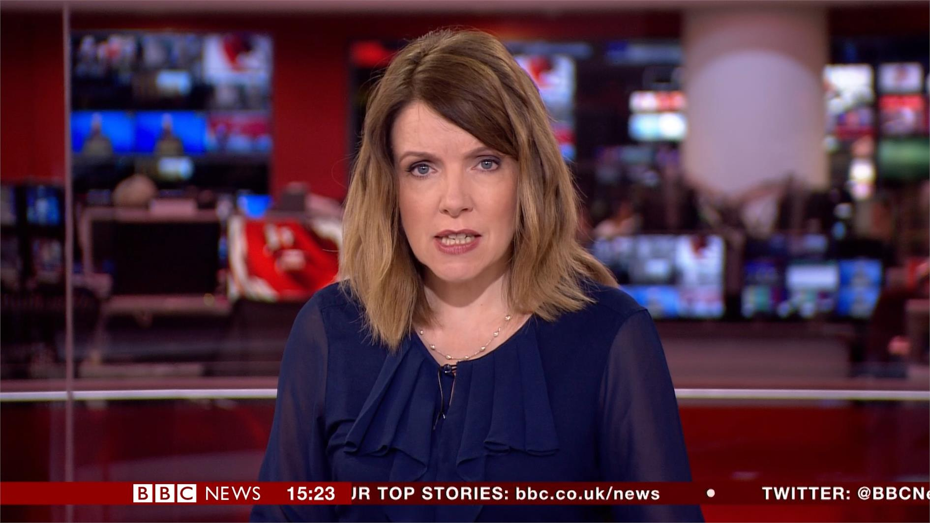 Annita McVeigh - BBC News Presenter (4)