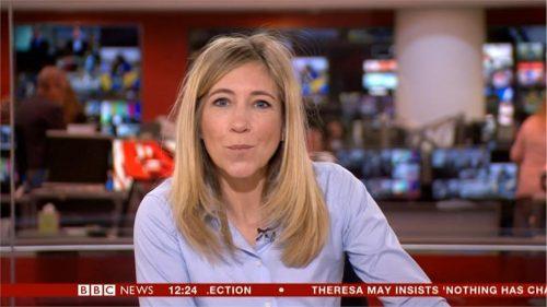 Jo Gosling - BBC News Presenter (1)
