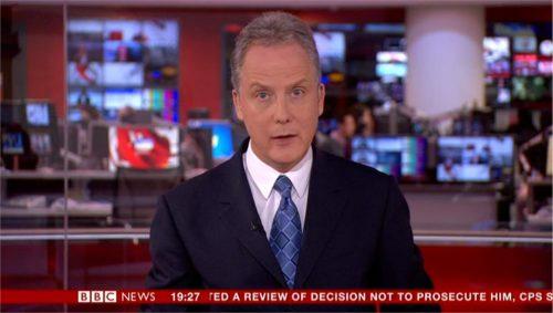 Julian Worricker - BBC News Presenter (6)