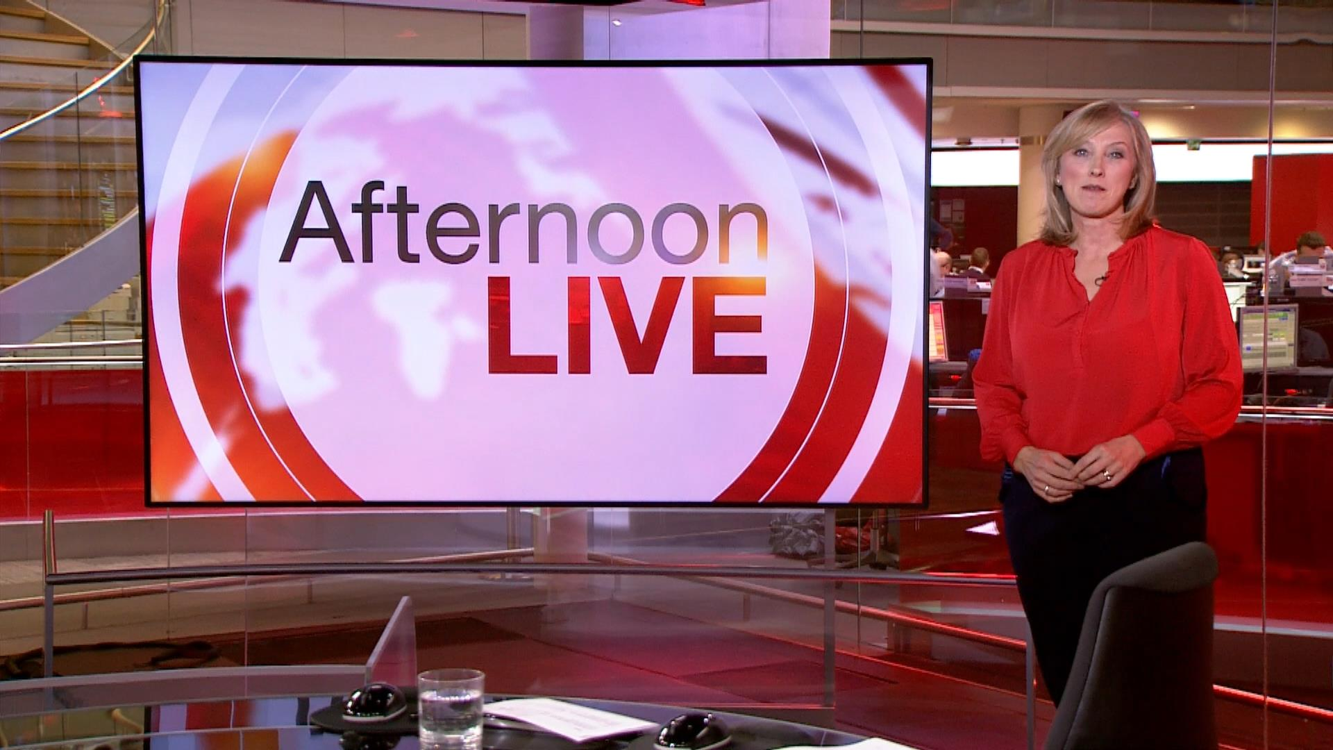 Martine Croxall - BBC News Presenter (11)