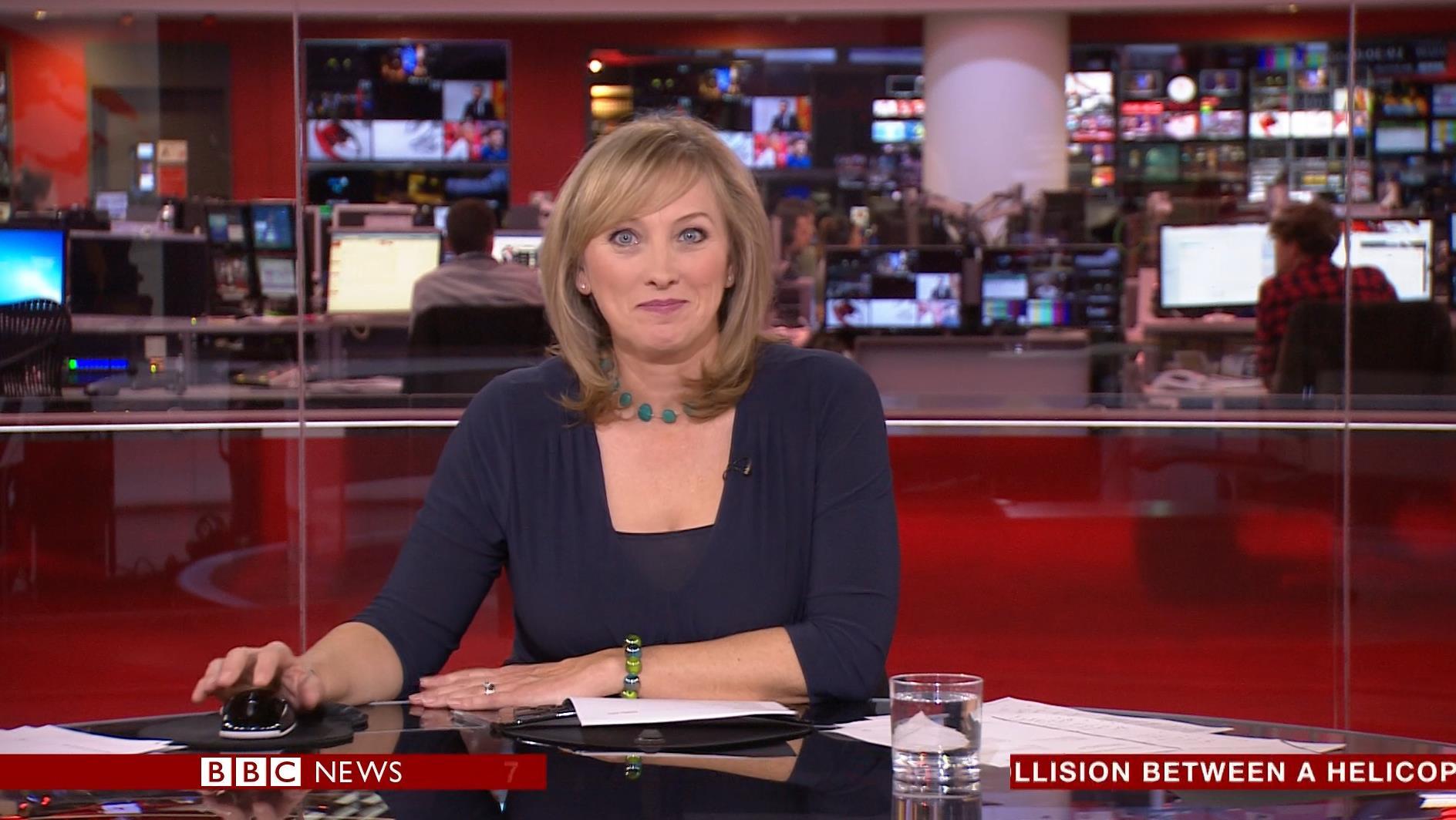 Martine Croxall - BBC News Presenter (4)