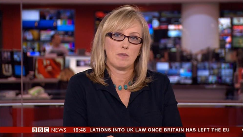 Martine Croxall - BBC News Presenter (8)
