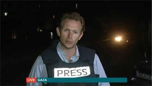 Dan Rivers - ITV News Reporter (4)