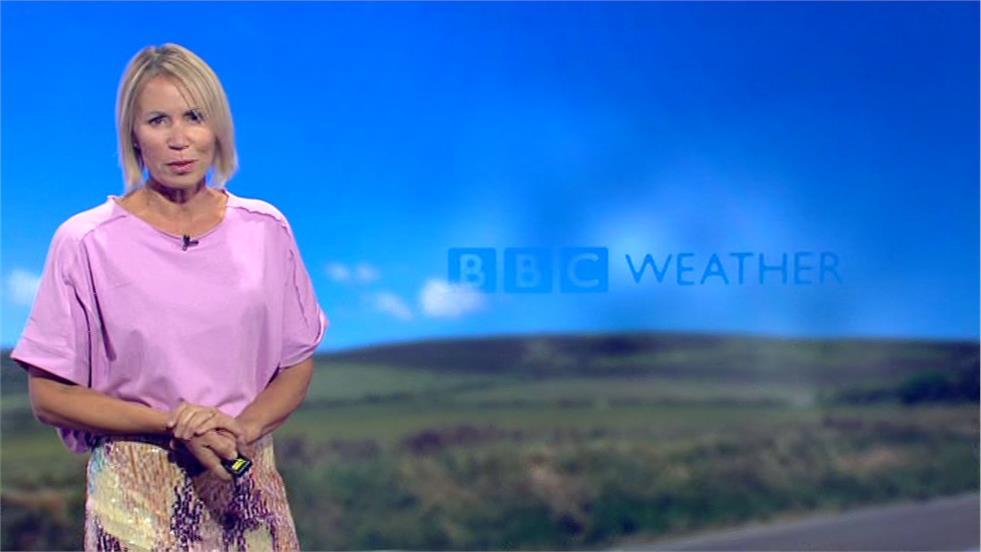 Dianne Oxberry - BBC North West Tonight Presenter (1)