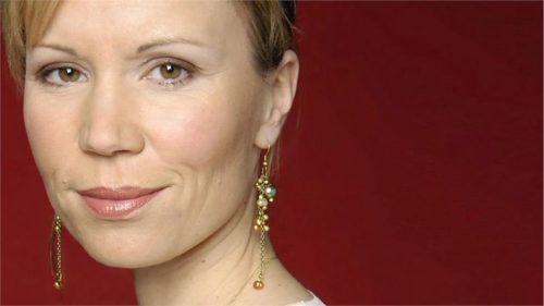 Dianne Oxberry - BBC North West Tonight Presenter (21)