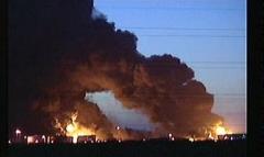 news-events-2005-grabs-oil-depot-fire-30297
