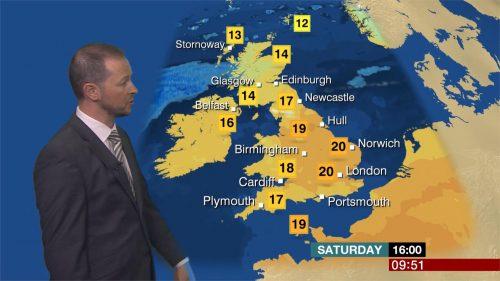 Darren Bett - BBC Weather Presenter (5)