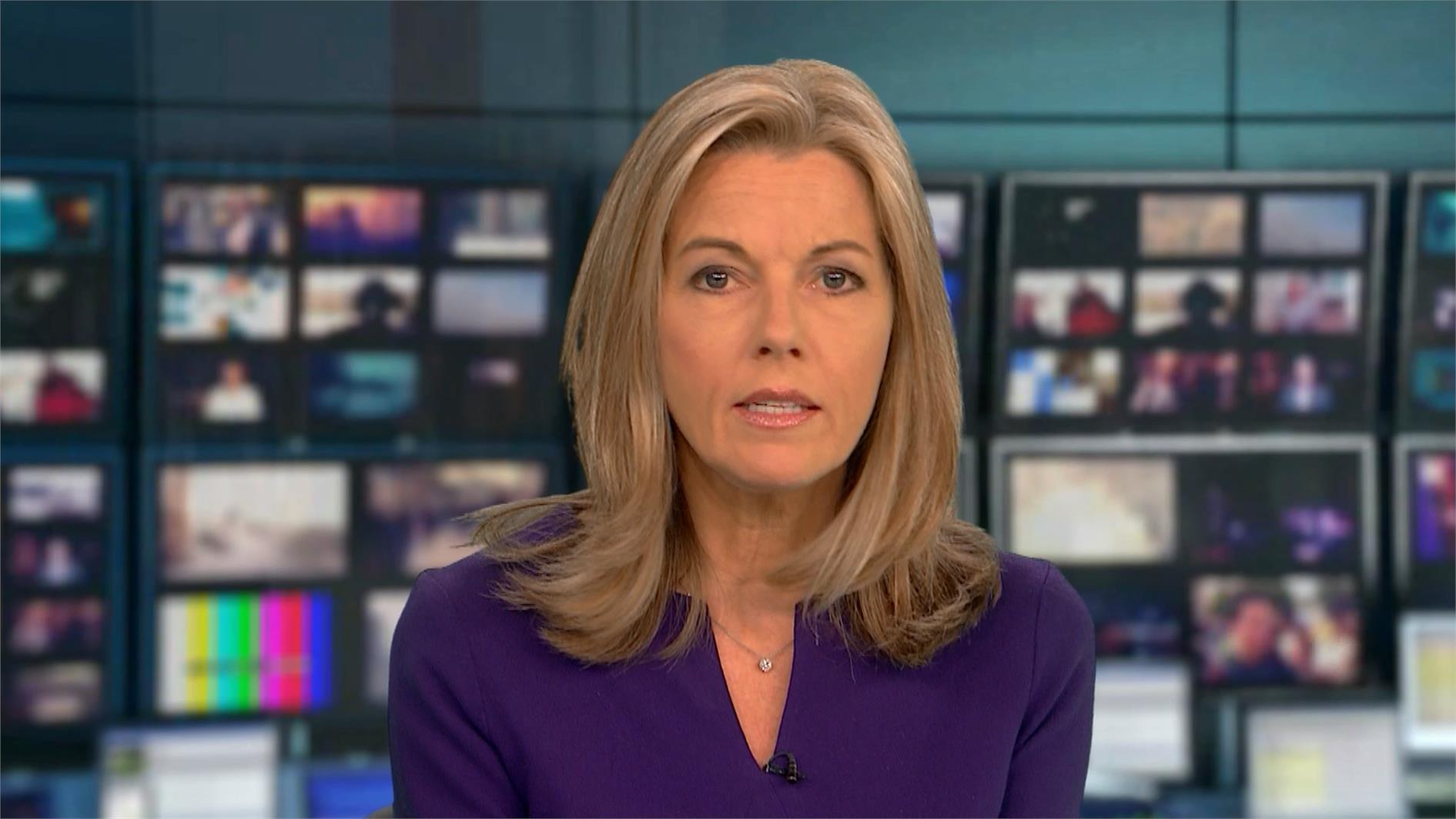 Mary Nightingale - ITV News Presenter (12)