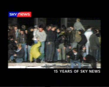 sky-news-promo-2004-15yearsofsky1-5202