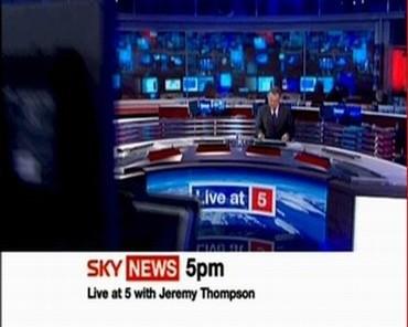 sky-news-promo-2005-liveatfive-10834