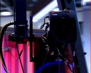 sky-news-promo-2005-liveatfive-9015