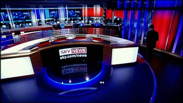 sky-news-promo-2007-dermotjoins-28664