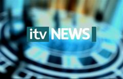 itv-news-presentation-lunchtime-news-late-2006-24