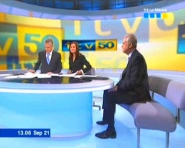 itv-news-at-50-martyn-lewis-28