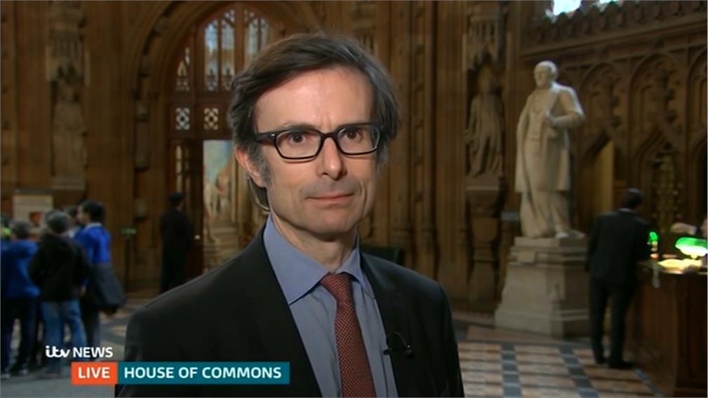 Robert Peston - ITV News Reporter (3)