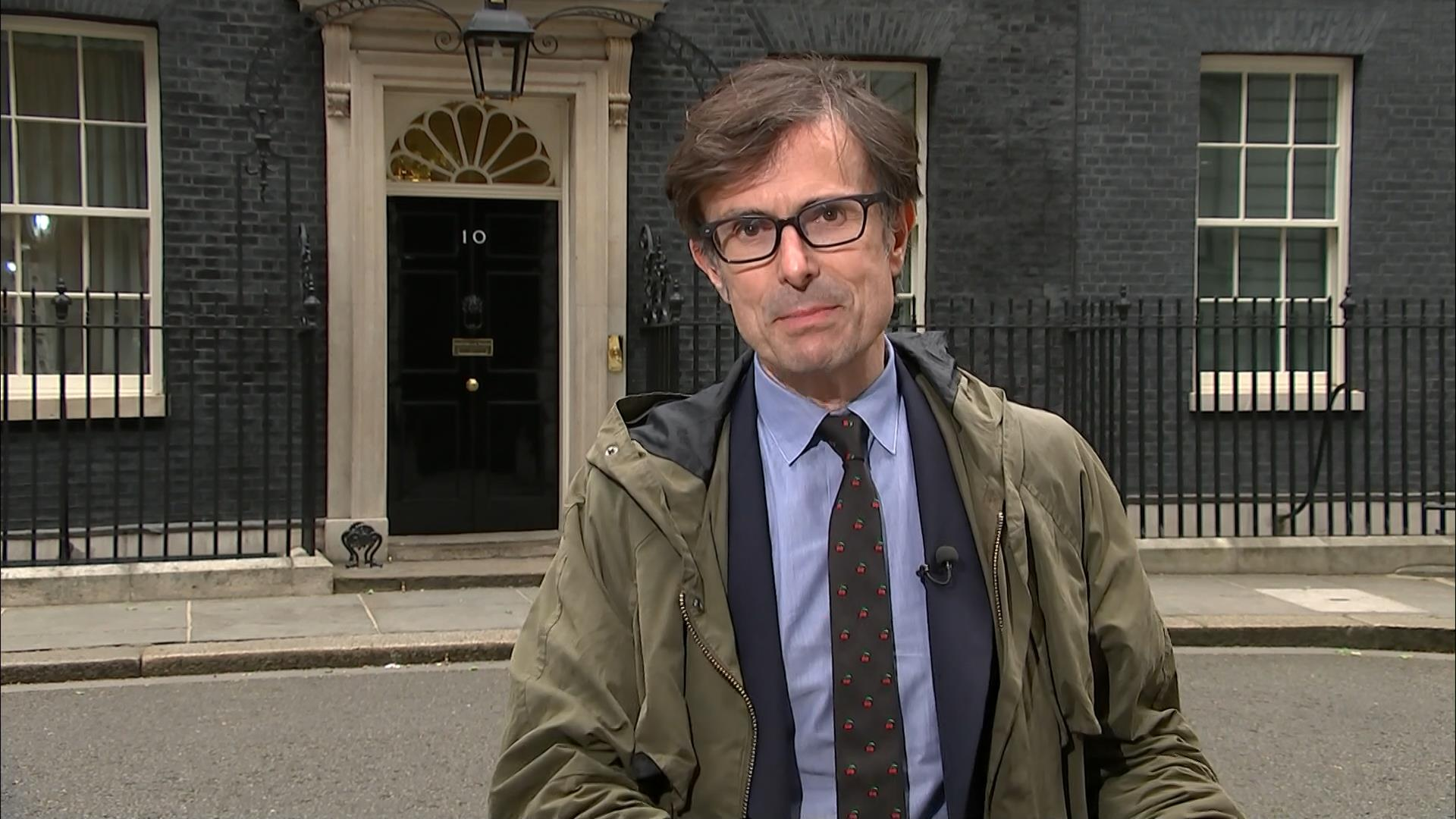 Robert Peston - ITV News Reporter (5)