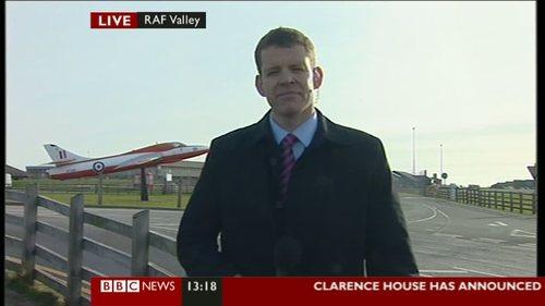 the-wedding-announcement-bbc-news (9)