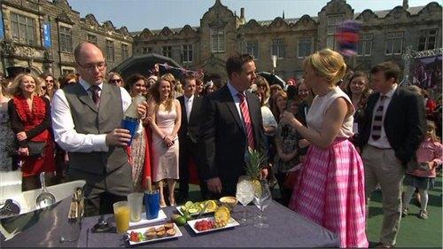 royal-wedding-bbc-news-26038