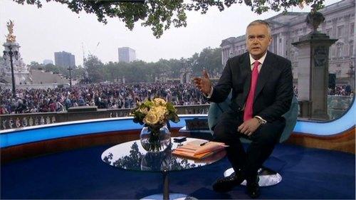 royal-wedding-bbc-news-26047