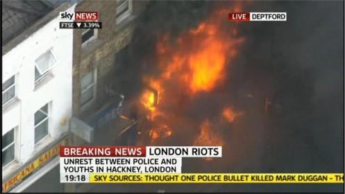 uk-riots-sky-news-33924