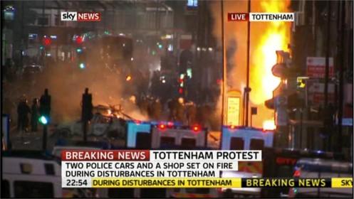 uk-riots-sky-news-34072