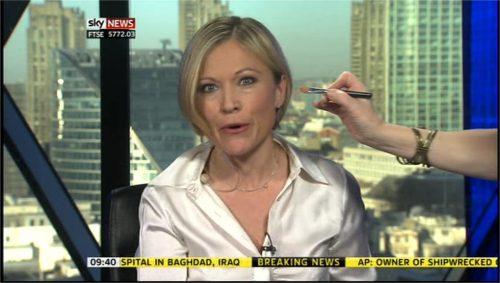 Sky News Sam Washington Make-up Brush 01-27 16-12-17