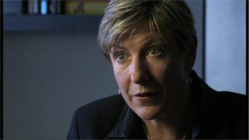 Liz MacKean - Newsnight Reporter (1)
