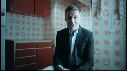 Sky News Promo 2013 - Robert Nisbet Correspondent (1)