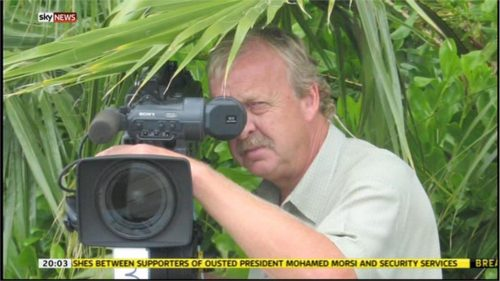 Mick Deane - Sky News Camerman - Images (7)