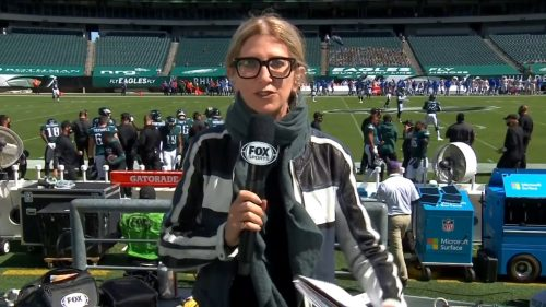 Laura Okmin - Glasses (1)