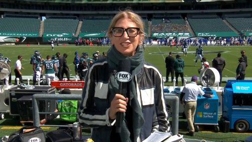 Laura Okmin - Glasses (2)