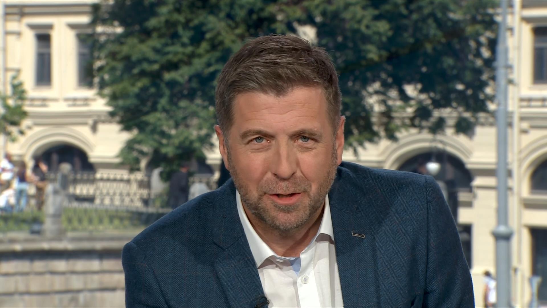 Mark Chapman - BBC World Cup 2018 (2)