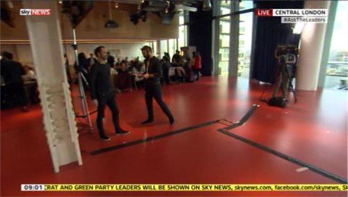 Sky News Sky News with Colin Brazier and... 02-02 09-46-23