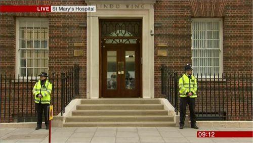 BBC News Images - Royal Baby II (3)