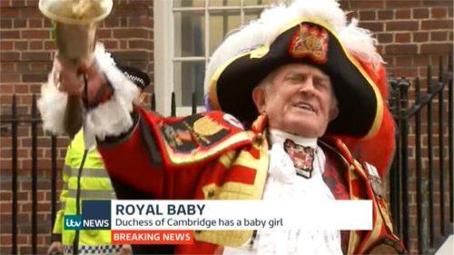 ITV News - Royal Baby II (a) (4)