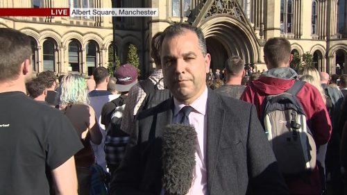 Manchester Attack - BBC News (17)