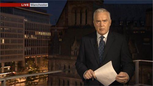 Manchester Attack - BBC News (38)