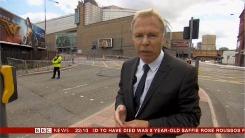 Manchester Attack - BBC News (42)
