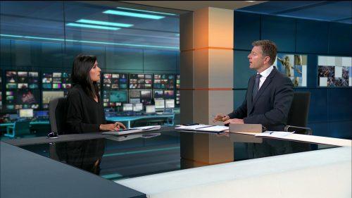 Manchester Attack - ITV News (40)
