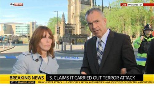 Manchester Attack - Sky News (21)