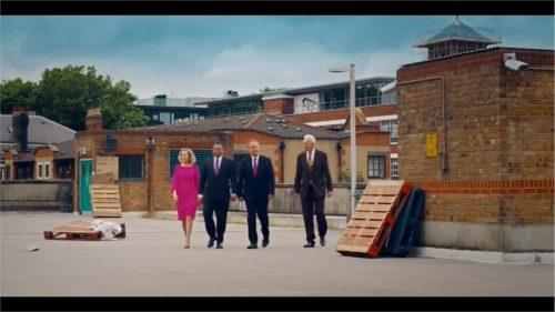 Channel 4 The Last Leg Re-United Kingdom 06-16 22-39-40