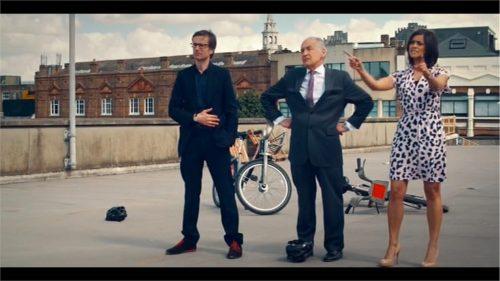 Channel 4 The Last Leg Re-United Kingdom 06-16 22-40-20