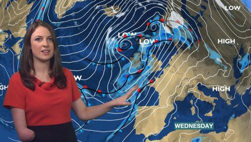 Lucy Martin BBC Weather Presenter (12)